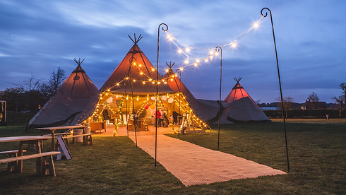 Bawdon Lodge Farm Tipi Wedding Leicester