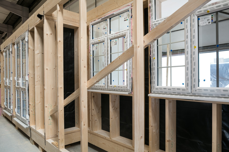 "<img src=""window.jpg"" alt=""modular construction, module""/>"