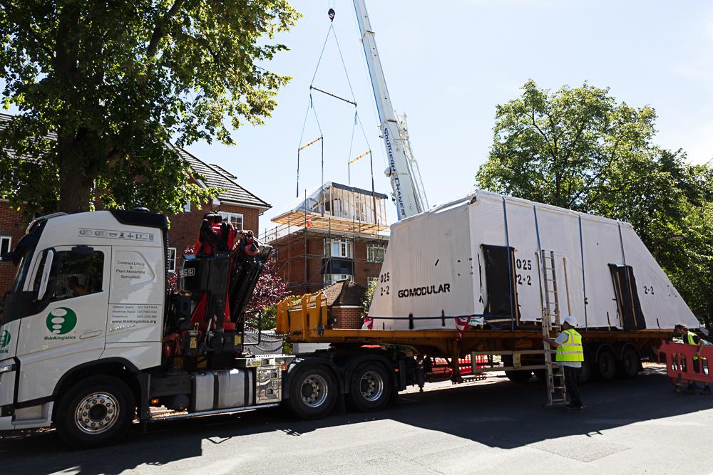 "<img src=""house.jpg"" alt=""modular construction""/>"