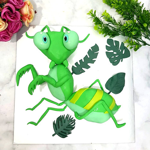 3D Praying Mantis Insect Cake