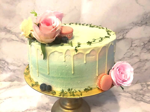 Pastel Turquoise Drip Cake with Rustic Floral