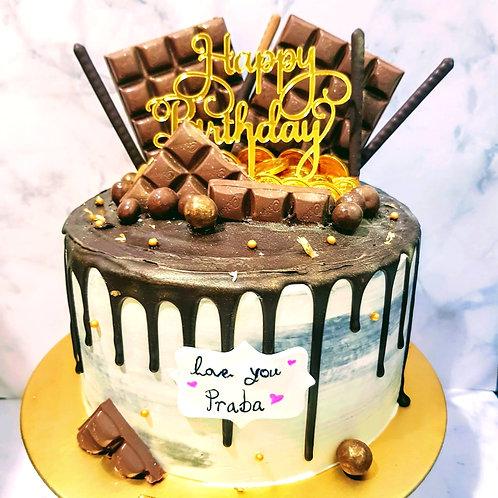 Chocolate Drip Money Pulling Cake 4