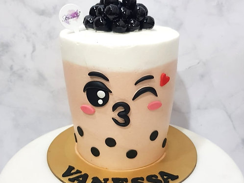 Real Bubble Tea Drink in a Cake 3