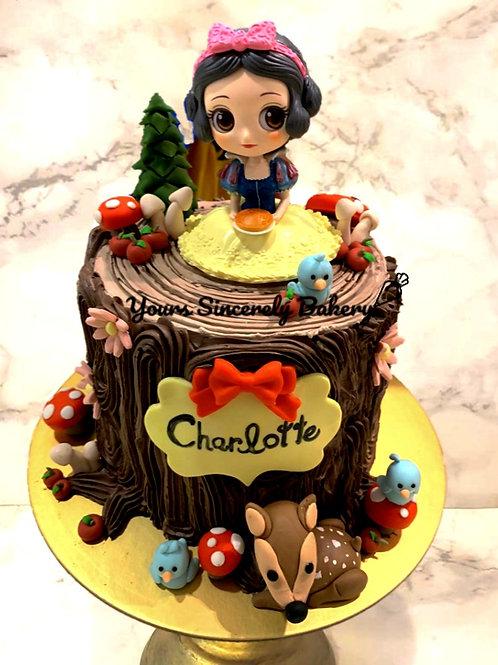 Snow White with Animals Tree Trump Cake
