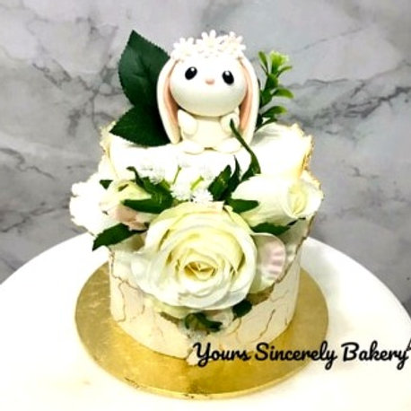 White & Gold Floral Rabbit Cake