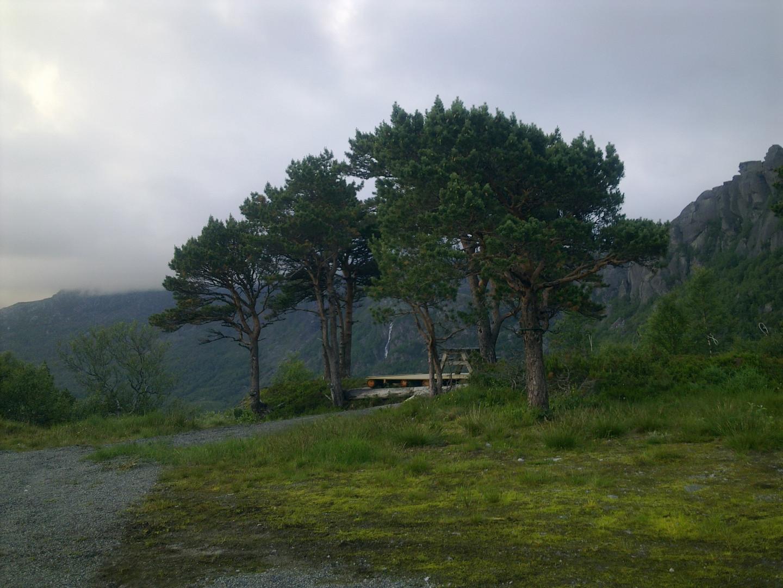 Skarstølen terassen mot Nepane og Hundsfossen :)