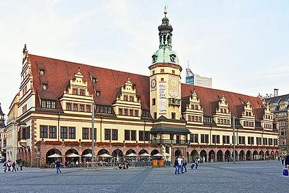 512px-Altes_Rathaus_Leipzig_2013.jpg