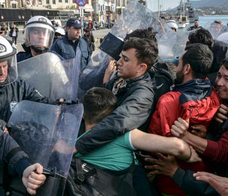 Migrantes Dentro un Fuego Cruzado: de Turquía a Grecia