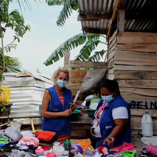 Pictures from our 1st clothing drive for Villa Caracas!