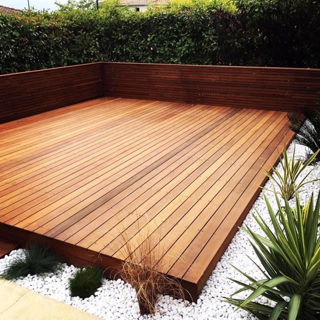 creation de jardin et terrasse bois à Toulouse paysagiste Vesta création