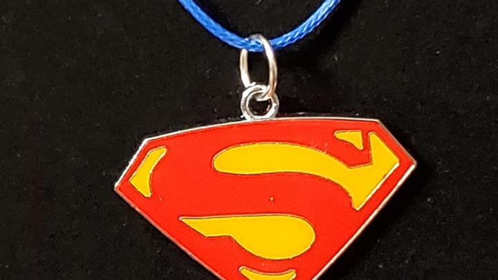 Superman Logo Charm Neckless