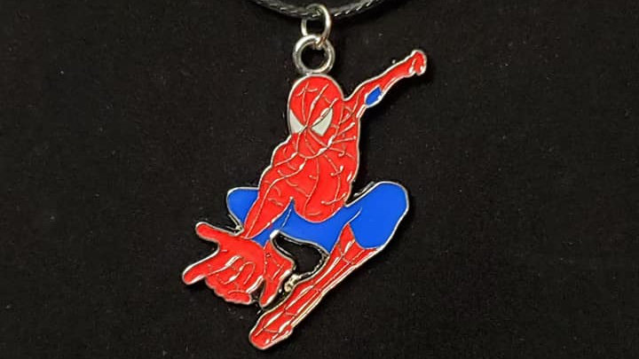 Spider-Man Swinging Metal Charm Neckless