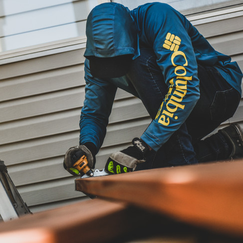 How to Pick a Deck Contractor