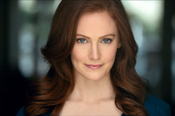 Danielle Brewer Headshot