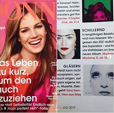 YOGA JOURNAL berichtet über das Album von Sara Sommerfeldt. Daneben das neue Album von Madonna.