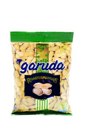 Garuda Roastes Peanuts (With Shell ) - Garlic