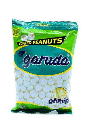 Garuda Garlic Coated Peanuts