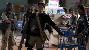 WHERE IS ALL THE TOILET PAPER IN THE WALKING DEAD?