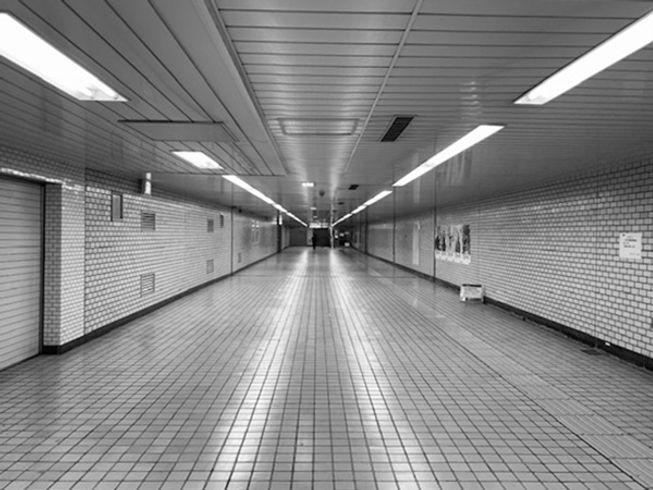 明治神宮前駅の地下歩道