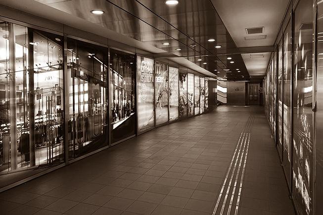 明治神宮前駅の地下