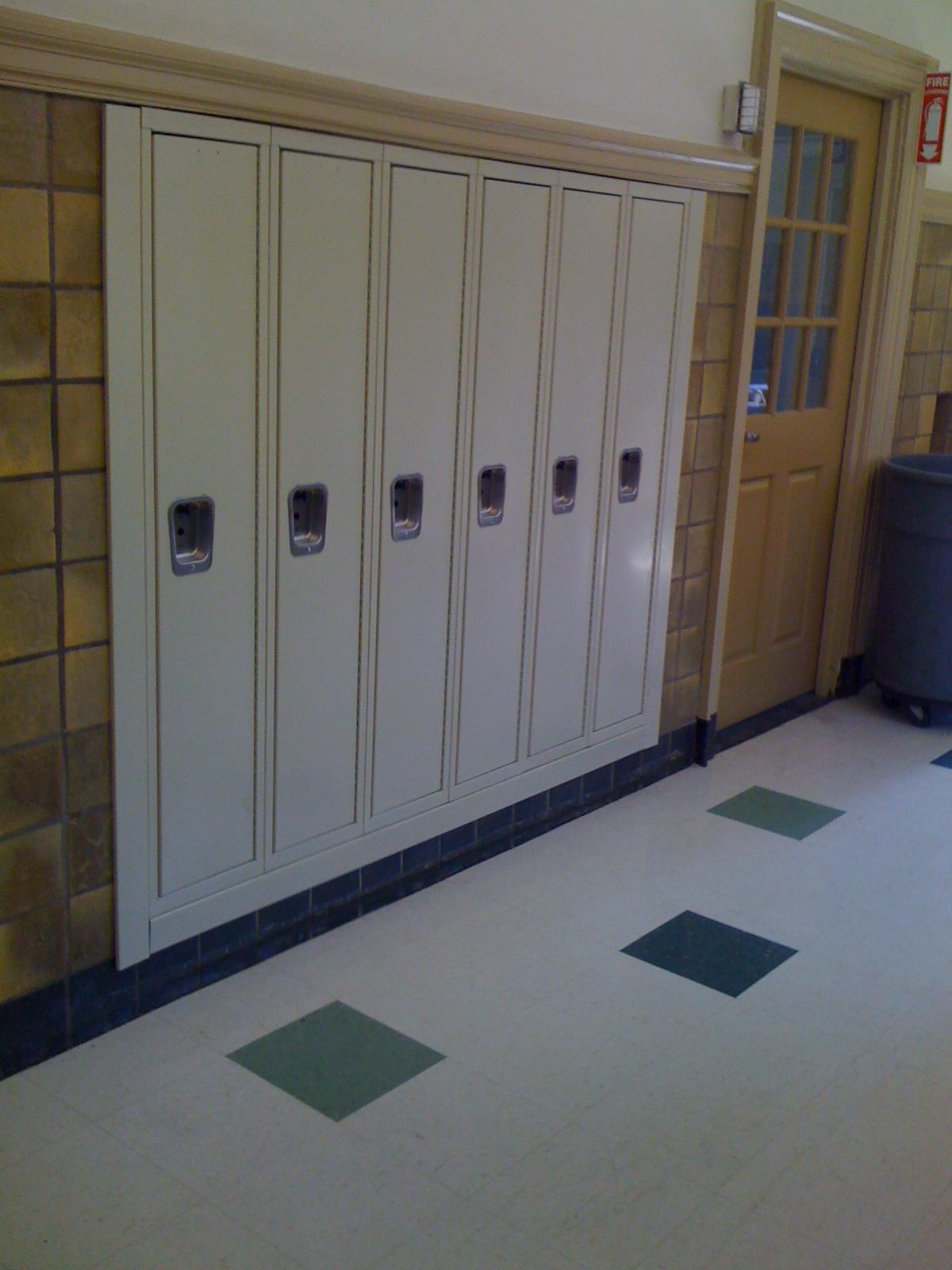 Oz Installation school lockers