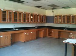 Oz Installation School laboratory