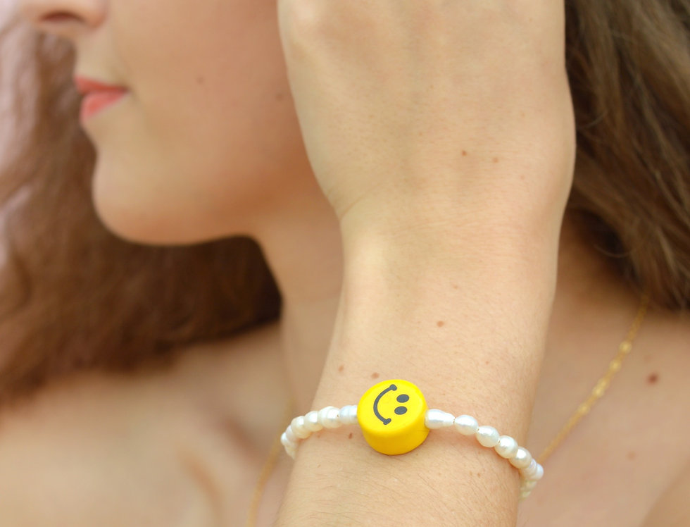 Never Fully Dressed Without a Smile Pearl Bracelet