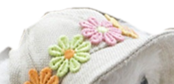 Country hat with flowers front view