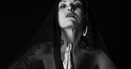 HOLY GYM: KRACHTTRAINING ALS RELIGIE