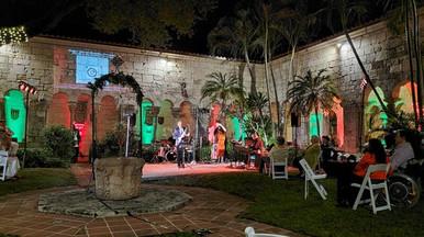 Nestor Torres Holiday Event