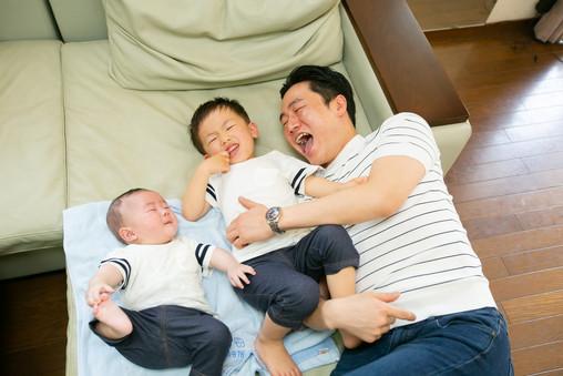 赤ちゃん 桜 前撮りロケーションフォト 家族写真 ファミリーフォト モリケン 森永健一 出張撮影 福岡