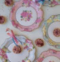 ornate-vintage-floral-plates_8.jpg