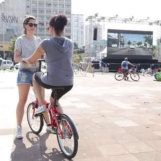 Anja do pedal