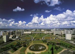 Brasília e capital do Cazaquistão buscam parceria para mobilidade com tecnologia