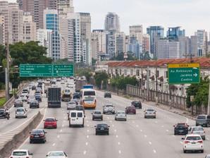Entenda a relação das altas velocidades com os acidentes de trânsito