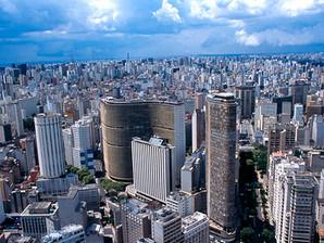 Passeios redescobrem turismo na cidade de São Paulo