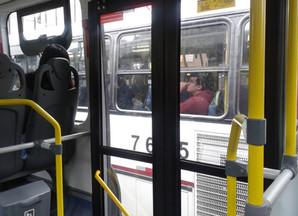 Novas regras do bilhete único vão na contramão da mobilidade inteligente, diz urbanista Raquel Rolni