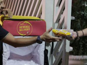 Por meio da mobilidade, a ação Reverse Delivery facilita a doação de alimentos