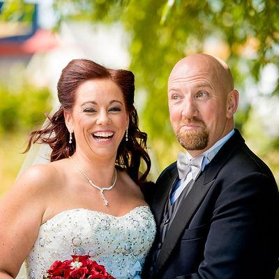 Bride and Groom Anna Flanagan Marriage Celebrant