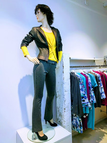 iris broek grijs outfit.jpg