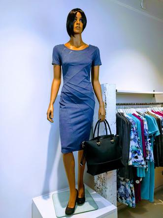 Maxine jurk isuede paars2.jpg