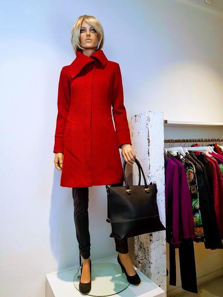 Lucia winterjas rood.jpg