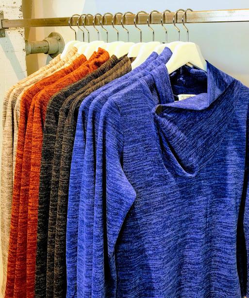 Kleurrijke kleding bij W&G designs en styling in Utrecht