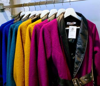 Kleurrijke blazers en jasjes bij W&G designs en styling in Utrecht