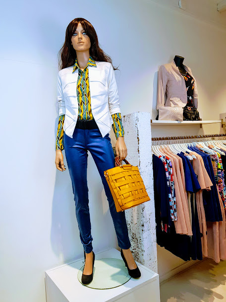 blouse geel groen print jasje ecru wit W