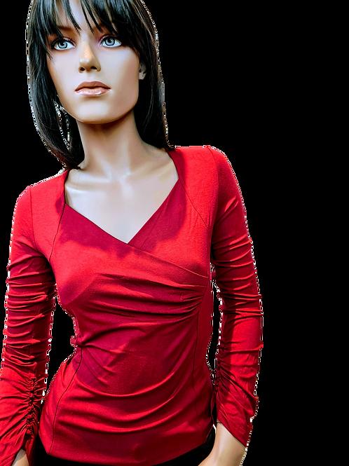 Alexia | top | rood