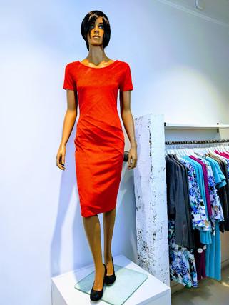 Maxine jurk isuede rood2.jpg