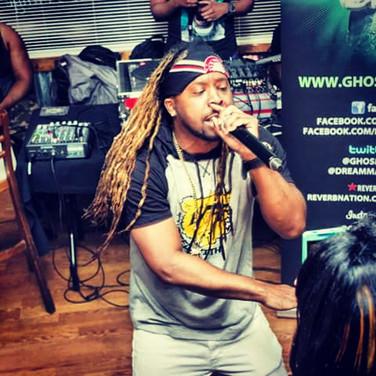 Im my zone rocking the crowd!!! #idothis