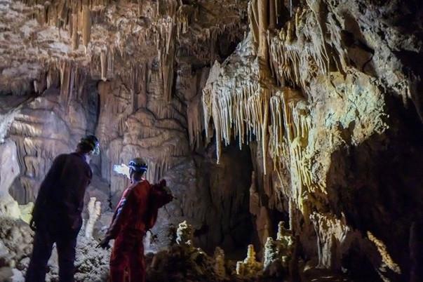 grotta.jpg