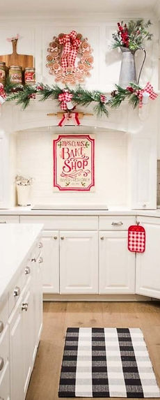 MRS. CLAUS' KITCHEN